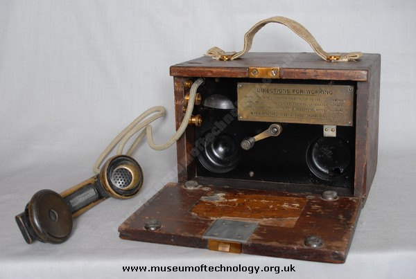 WW1 TELEPHONE No 110 OR TRENCH PHONE