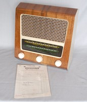 Image of CLYNE RADIO SUPERIOR 4  WIRELESS SET, 1966