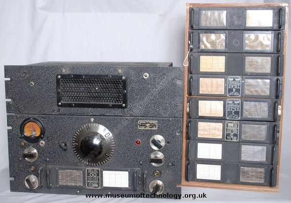 WWII  HRO RECEIVER RACK MOUNTING VERSION
