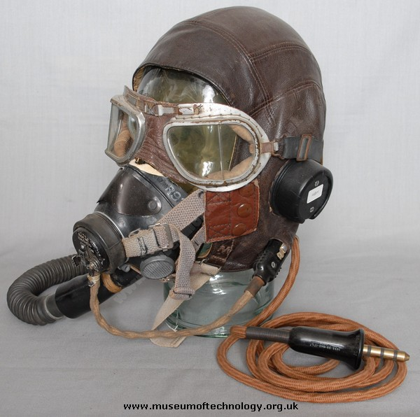 WWII FLYING MASK TYPE  'E' HELMET TYPE 'C'