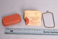 Image of WWII CARLISLE  FIRST AID PACKET