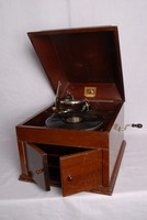 Image of HMV GRAMOPHONE MODEL 109, 1930's