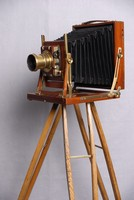 Image of VICTORIAN WHOLE PLATE CAMERA, 1900's