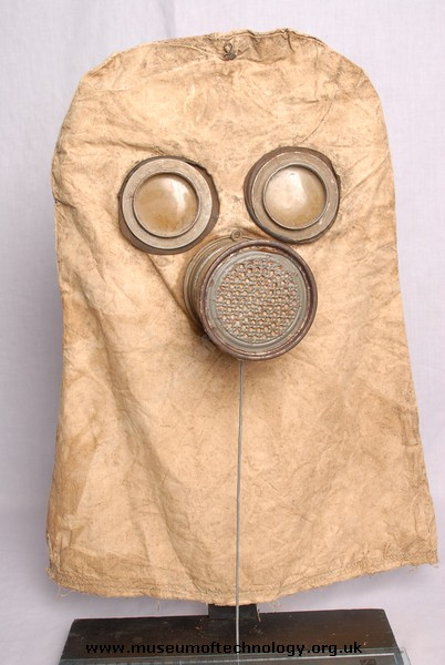 WW1 GERMAN GAS MASK, 1915