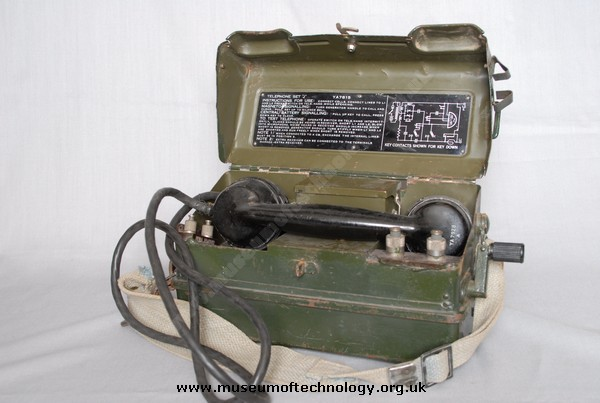 WWII MILITARY  FIELD TELEPHONE TYPE