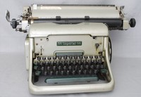 Image of IMPERIAL 66 TYPEWRITER , 1961