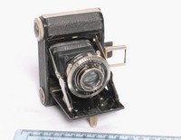 Image of ZEISS IKON IKONTA BABY CAMERA 520/18, 1936