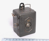 Image of ZEISS IKON BABY BOX CAMERA 54/18, 1930's