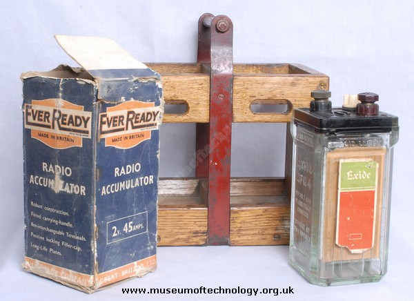 EXIDE ACCUMULATOR EVER READY BOX AND CARRYING CASE, 1940's