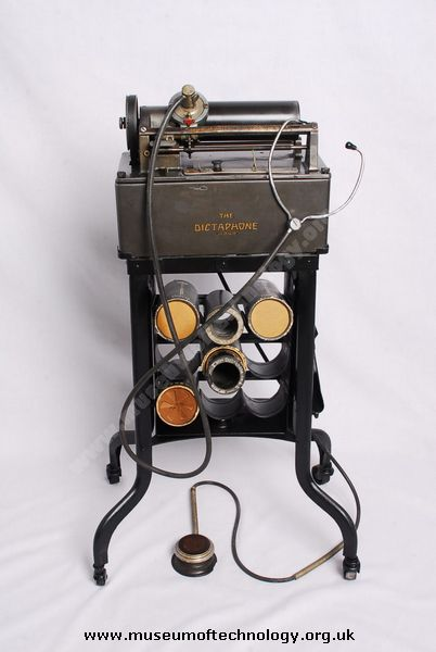 DICTAPHONE PLAYBACK MACHINE, circa 1940